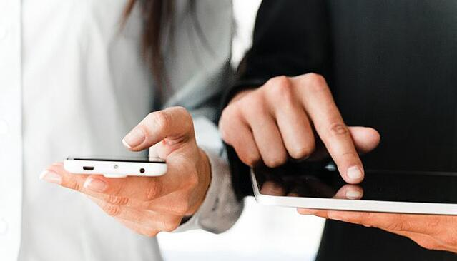 Mobile Vs Mobile APp.jpg